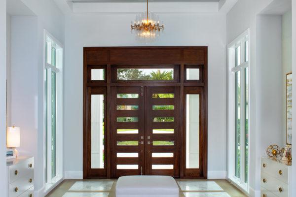 5913-Sunnyslope-Foyer