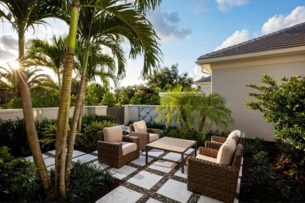 5916-Burnham-Rd-Naples-FL-014-019-Courtyard-MLS_Size